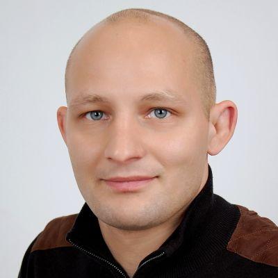 Julian KWIT