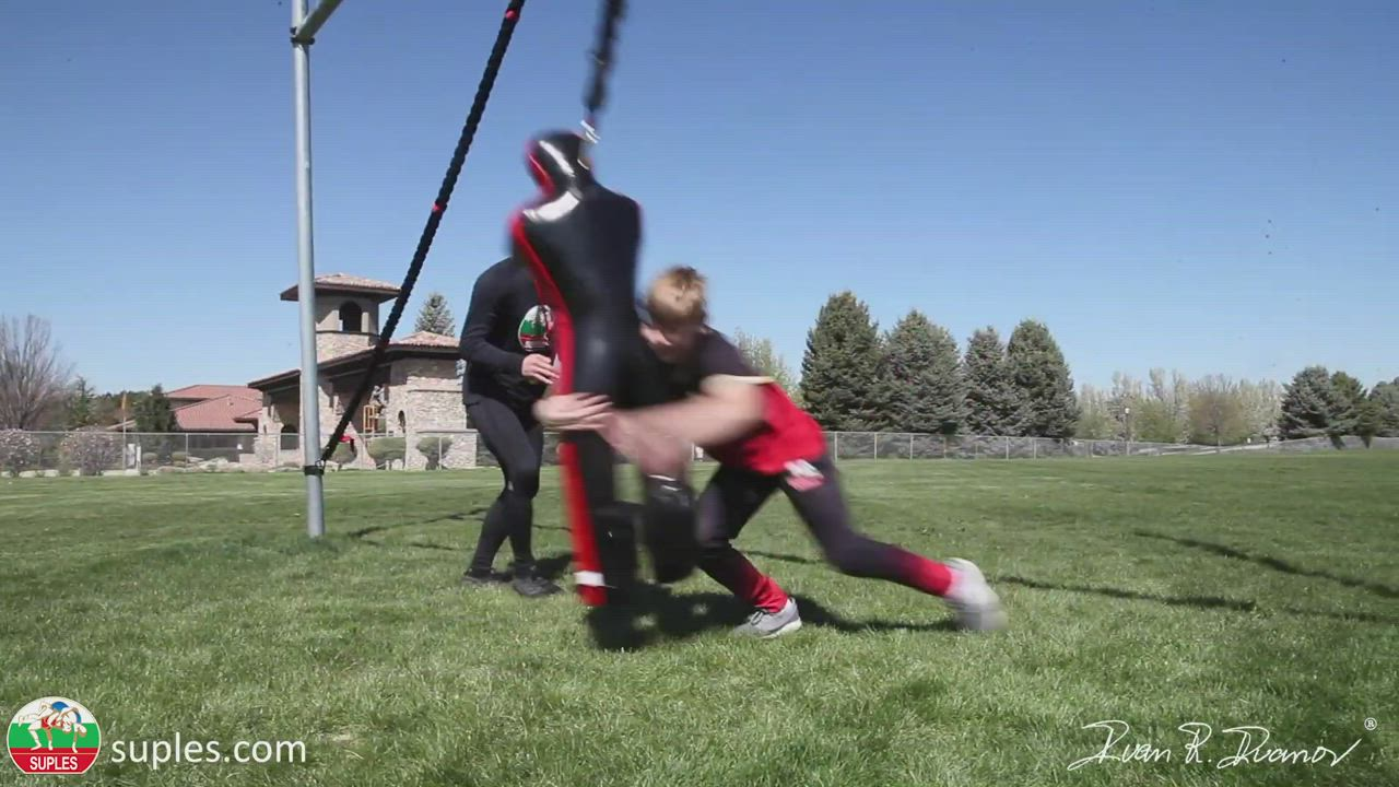 The Suples Attacker is just like a REAL opponent. This responsive Dummy allows Drilling Anywhere!